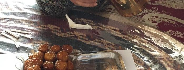 مطعم البيت العود Albait Aloud Restaurant is one of Posti salvati di Ba6aLeE.