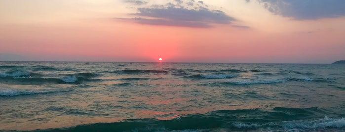 Deniz Gıyı Beach is one of Kuşadası.
