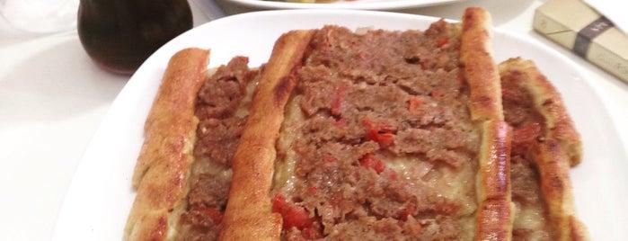 Yiğit Kardeşler Pide,Pizza ve Lahmacun Salonu is one of SinaN'ın Kaydettiği Mekanlar.