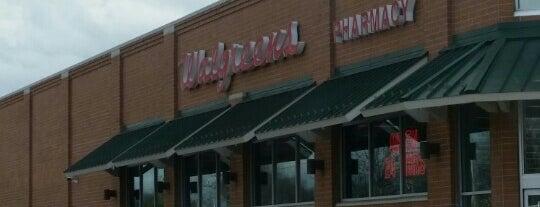 Walgreens is one of Gespeicherte Orte von Tiffany.
