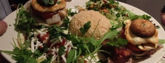 Mythopolis Restaurant is one of To-go-get-freebies-list :).