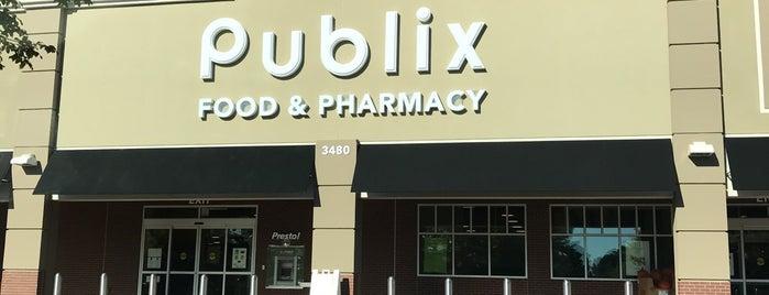 Publix is one of สถานที่ที่ Ethan ถูกใจ.