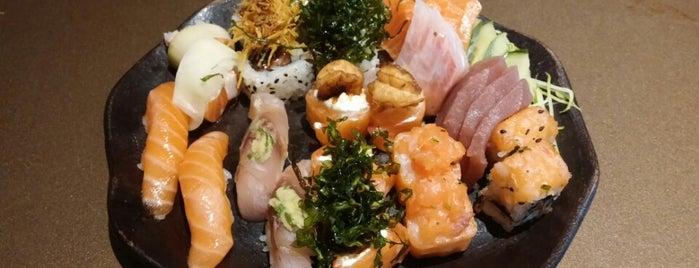 Kawa Sushi is one of สถานที่ที่บันทึกไว้ของ Camila.