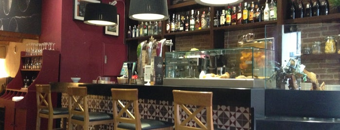 Dehesa Santa Maria is one of Wifi cafes BCN.