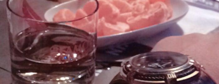 Little Up Pub & Wine is one of Locais curtidos por Mehmet.