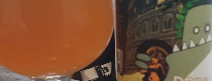 Liquorland is one of Locais curtidos por Mark.