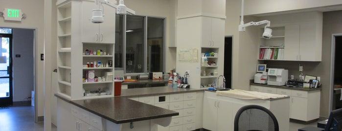 South Davis Veterinary Center is one of Locais curtidos por Rae.