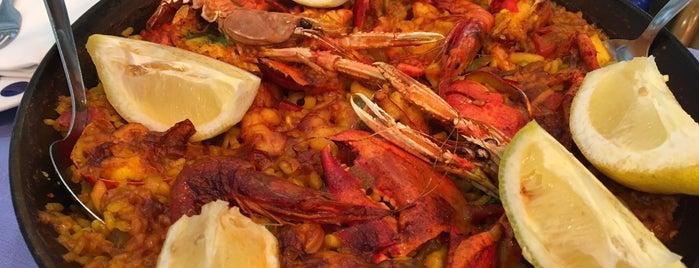 Restaurante Salamanca is one of Tempat yang Disukai Janeth.