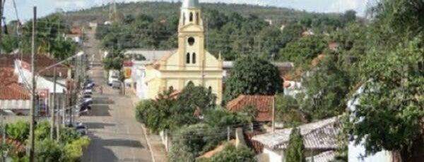 Guiratinga is one of Mato Grosso.