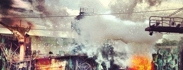 WaterWorld is one of Sg.