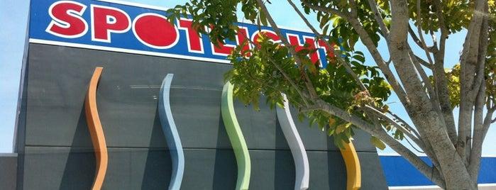 Spotlight is one of Tempat yang Disukai Libertad.