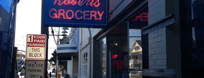 Robert's Grocery is one of Lieux qui ont plu à Rosana.