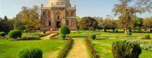 Lodhi Gardens (लोधी बाग़) is one of インド。🇮🇳.