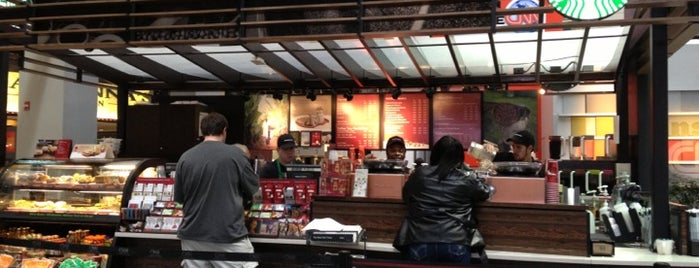 Starbucks is one of Orte, die Chia gefallen.