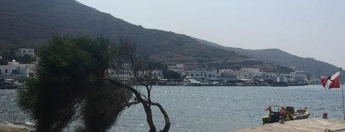 Amorgos Port is one of Lugares favoritos de Vangelis.