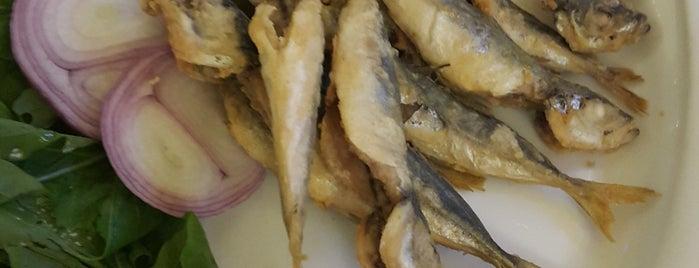 Foça Fish Gourmet is one of Gülay : понравившиеся места.
