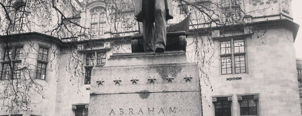 Abraham Lincoln Statue is one of London.