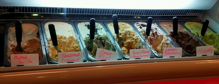 Black Dog Gelato is one of Chicago - Local's Guide.