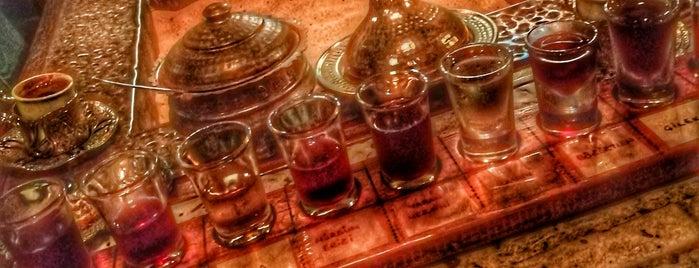 Eşek Şarap Evi & Kumda Kahve is one of สถานที่ที่ Gözde ถูกใจ.