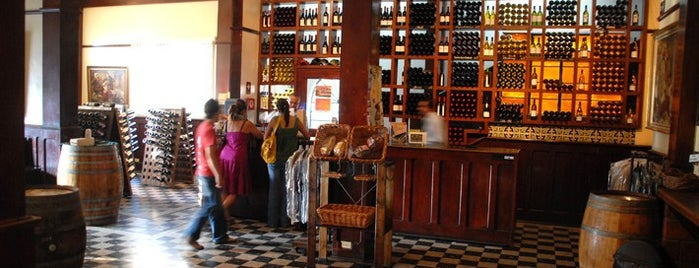 Santo Tomás Tienda De Vino is one of Ensenada: places you MUST go!.
