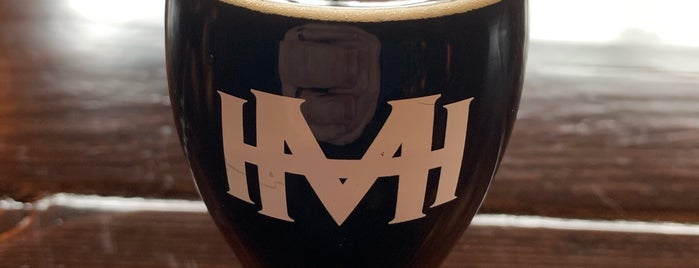 Mad Hatchet Brewing is one of Chicago area breweries.