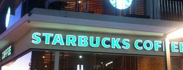 Starbucks is one of Patricio 님이 좋아한 장소.