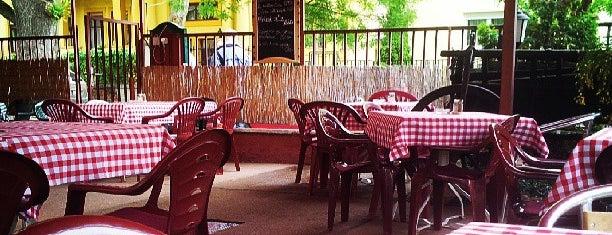Csalogató Kisvendéglő is one of Best food in town.