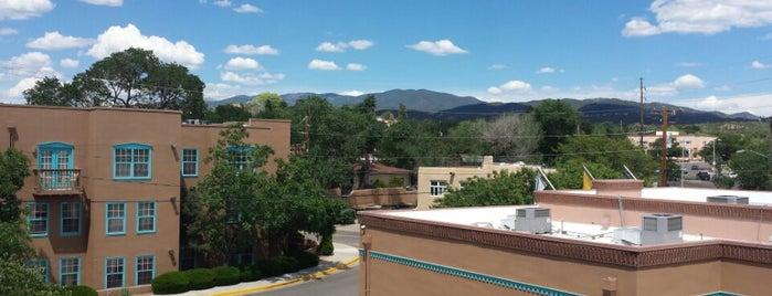 Villas De Santa Fe Resort is one of สถานที่ที่ Ethan ถูกใจ.