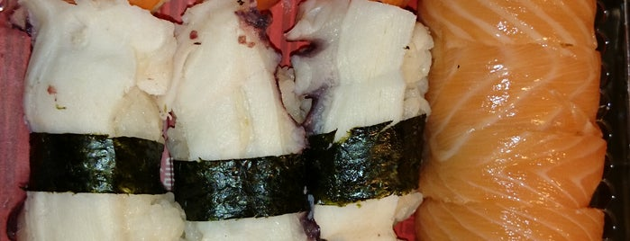Black roll Sushi is one of Posti salvati di Gise.