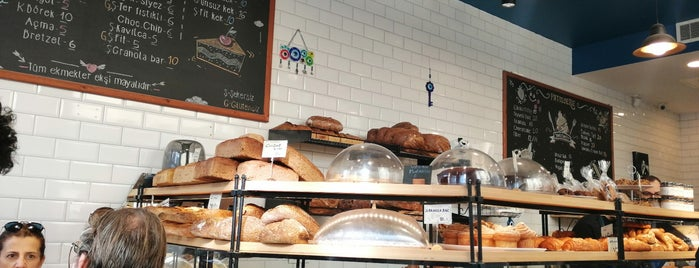 Sour & Sweet Artisan Bakery by Happy Bakers is one of İstanbul.