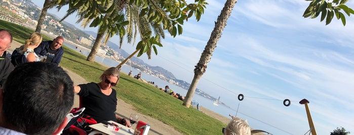 Chiringuito Beach Bar is one of Tempat yang Disukai Run The.