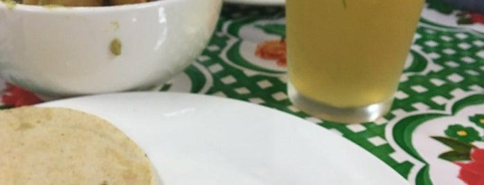 Taco T Taquería is one of สถานที่ที่บันทึกไว้ของ Max.