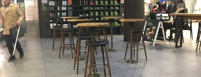 Starbucks is one of สถานที่ที่ Bianca ถูกใจ.