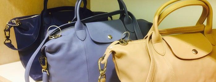 Longchamp is one of Locais curtidos por Natasha.