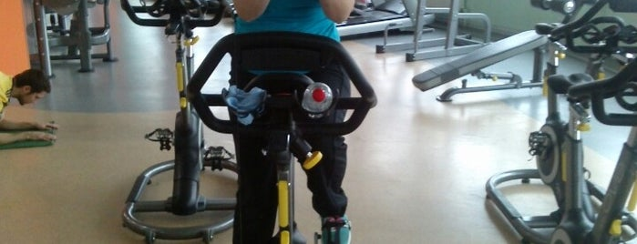 Gym4Fit is one of Locais curtidos por Katarina.