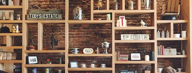 Partners Coffee is one of NYC: Fast Eats & Drinks, Food Shops, Cafés.
