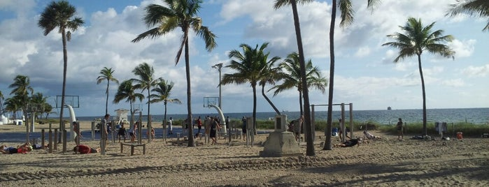 Fort Lauderdale Beach Park is one of Fun.