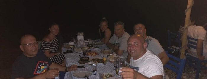 İhtiyar Balıkçı Restaurant is one of Tempat yang Disimpan Enise.
