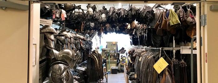 Universal Costume Department is one of Gespeicherte Orte von Jessica W..