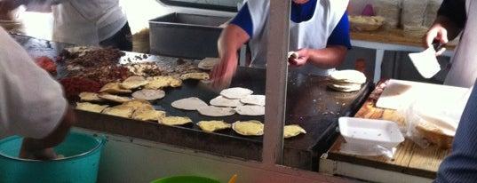 Tacos de la barranca is one of Heidiさんの保存済みスポット.