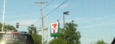 7-Eleven is one of Posti che sono piaciuti a Dawn.