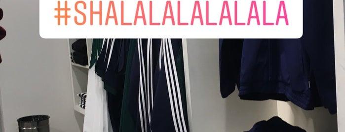 adidas Originals is one of Locais salvos de Jorge Luis.