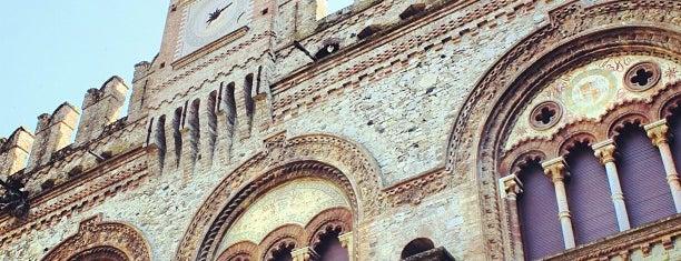 Castello Grazzano Visconti is one of Castelli Italiani.