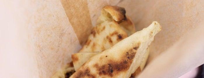 Istanbul Kebab & Pizza is one of Locais salvos de Barbara.