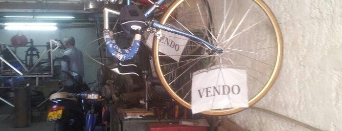 Moto Granja is one of Orte, die Pedro gefallen.