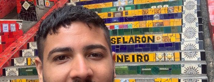 Escadaria de Selarón is one of Posti che sono piaciuti a Carlos.