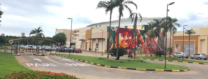 Capim Dourado Shopping is one of Posti che sono piaciuti a iHARA.