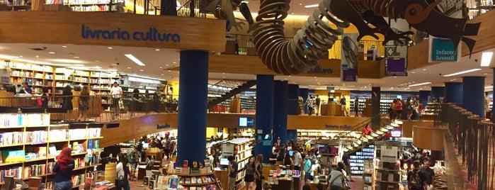 Livraria Cultura is one of Posti che sono piaciuti a iHARA.