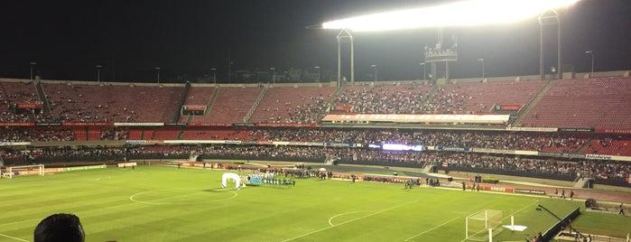 Estádio Cícero Pompeu de Toledo (Morumbi) is one of iHARA'nın Beğendiği Mekanlar.