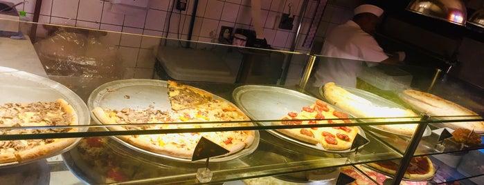 O Pedaço da Pizza is one of Posti che sono piaciuti a iHARA.